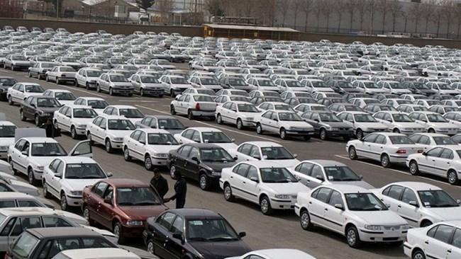 وزیر صنعت با عرضه تمامی محصولات خودرو در بورس مخالف است